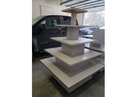 Tiered display tables