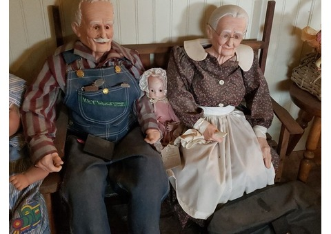 Porcelain Grandpa & Grandma